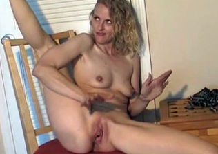 Broad opened up vulva
